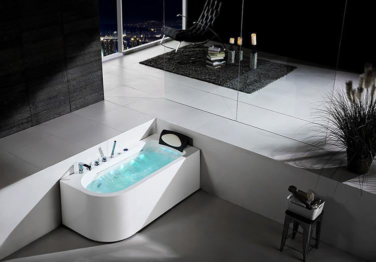 Corner Whirlpool Bath