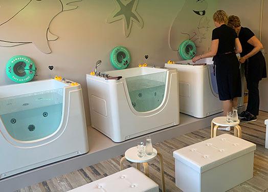 KOBIA Acrylic Jacuzzi Baby Spa Tub in Mexico