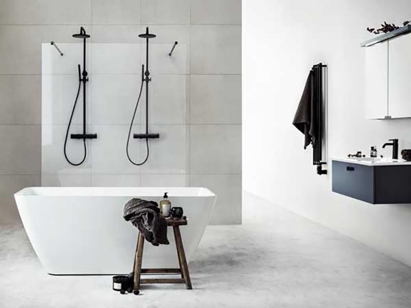 Freestanding Corian Bathtub